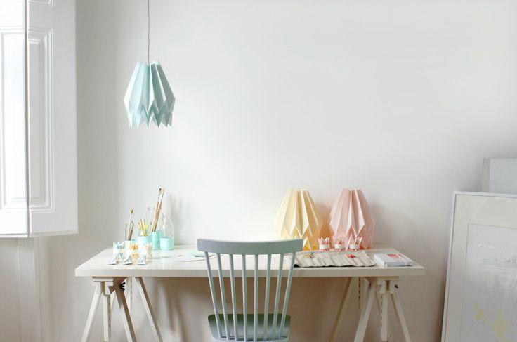 Lampada origami | Pianura menta blu | Paralume di design | Soggiorno o camera da letto | SPEDIZIONE GRATUITA * di orikomi su Etsy https://www.etsy.com/it/listing/245626258/lampada-origami-pianura-menta-blu