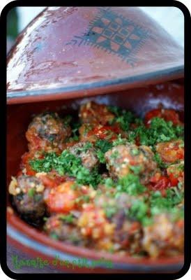 tajine de tomates aux boulettes d'agneau