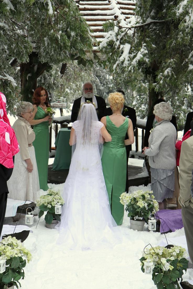 Pine rose cabins rustic wedding venue wedding ideas for Cabin wedding venues