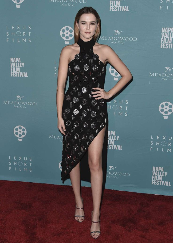Zoey Deutch in David Koma