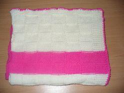 Kocyk dla niemowlaka na drutach