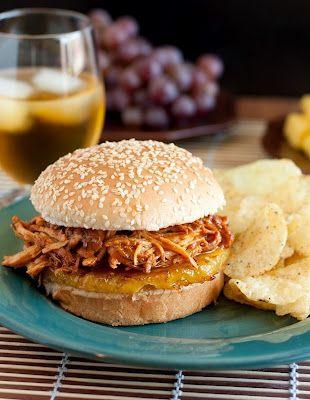 slow cooker Hawaiian bbq pulled pork sandwiches and glazed pineapple: Cooker Hawaiian, Cooker Recipe, Crockpot, Hawaiian Bbq, Slowcooker, Bbq Pulled, Slow Cooker, Pulled Chicken Sandwiches, Nom Nom