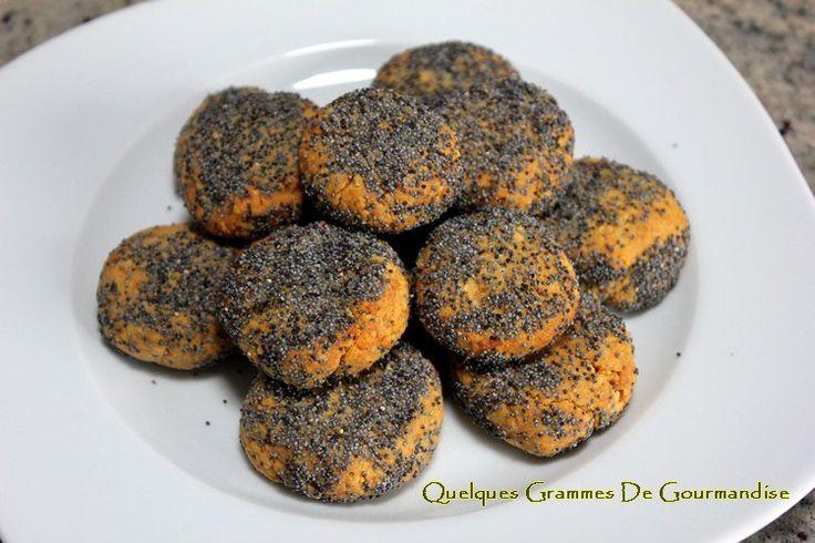 Sablés citron-pavot à la farine de lupin #sans gluten - http://www.quelquesgrammesdegourmandise.com/sables-citron-pavot-a-farine-de-lupin-gluten/