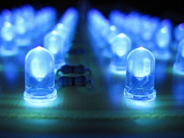 Los inventores de las luces LED ganan Premio Nobel de Física. DETALLES: http://www.audienciaelectronica.net/2014/10/07/los-inventores-de-las-luces-led-ganan-premio-nobel-de-fisica/