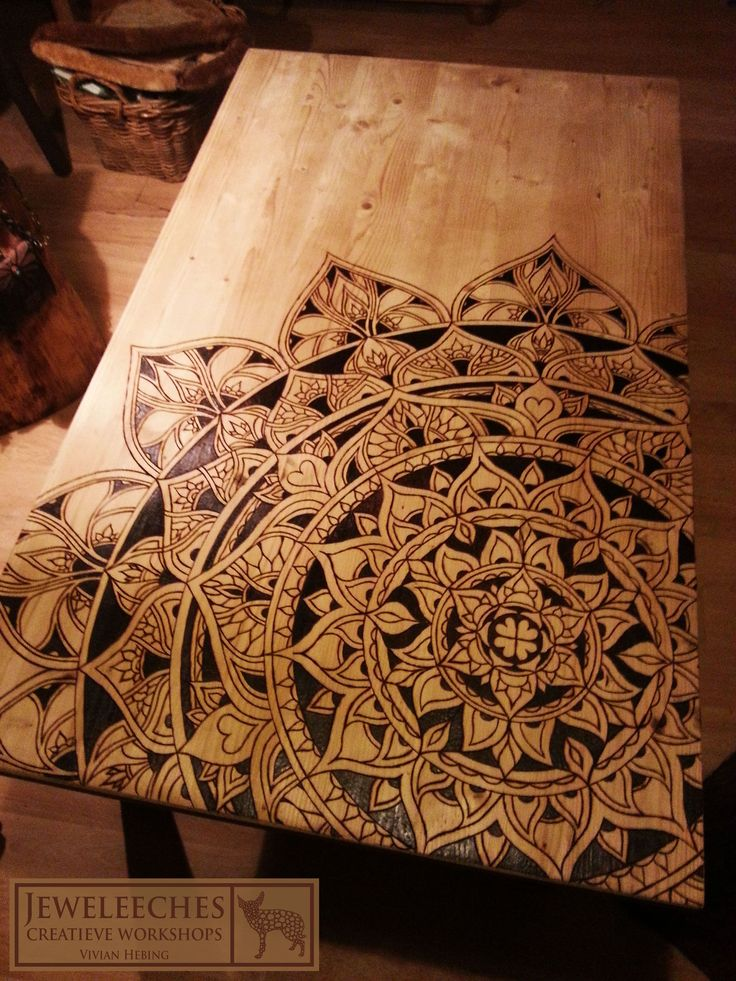 JEWELEECHES Vivian Hebing: wood burning is really great to ...- JEWELEECHES Vivian Hebing: houtbranden is echt geweldig om te doen!Voor een tien…  JEWELEECHES Vivian Hebing: wood burning is really great to do! I bought a wood burner for ten and burned this beautiful mandala on our table! Really a lot of work but it really makes me so happy every time I look at it! Work with, among other things, wood, leather, glass, silver etc. and made my profession of it by giving different kinds of creative