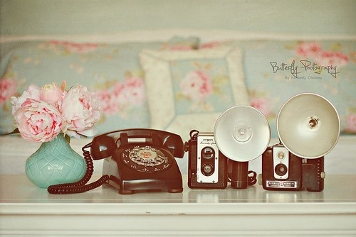 HAMPTON Shabby Chic Style: Old Schools, Old Camera, Shabby Chic Style, Old Things, Vintage Wardrobe, Vintage Stuff, Telephone, Photo, Vintage Style