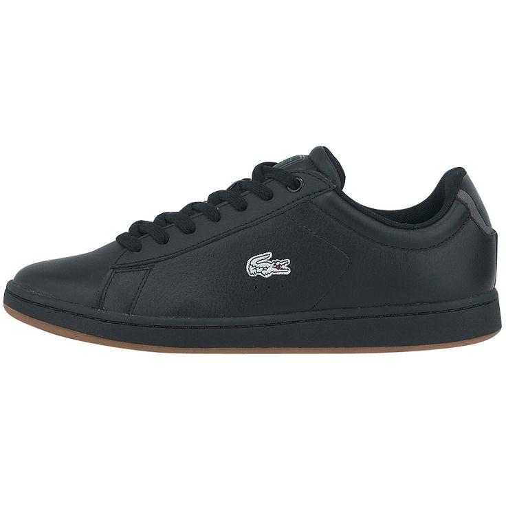 Δερμάτινα ανδρικά sneakers, σε μαύρη απόχρωση, με εσωτερική επένδυση mesh για καλύτερη αναπνοή, αποτελούν τα ιδανικά παπούτσια γι' αυτούς που αγαπάν την άνεση και δεν θυσιάζουν στο ελάχιστο από το στυλ τους.  # Ο οίκος Lacoste προτείνει για ακόμη μια φορά υποδήματα σε απέριττη γραμμή που μεταμορφώνουν ακόμη και το πιο απλό ντύσιμο σε άκρως ενδιαφέρουσα εμφάνιση.