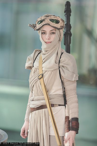 Rey from Star Wars: Rogue One at Sakura-Con 2017, PC: DTJAAAAM