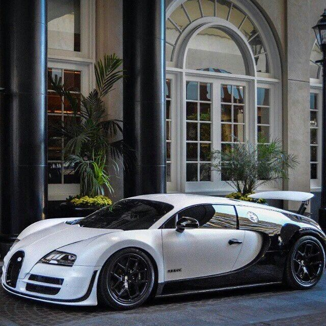 Custom black & white Bugatti Veyron