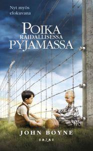 Poika raidallisessa pyjamassa on tarina 9-vuotiaasta Brunosta, jonka isä on natsiupseeri. Perhe muuttaa isän työn takia keskitysleirin liepeille Auschwitziin. Brunosta on kurjaa jättää koti ja leikkikaverit, eikä hän viihdy uudessa asuinpaikassa. Ikävyyttä poistaakseen hän alkaa tehdä tutkimusretkiä lähiympäristöön ja ystävystyy salaa vanhemmiltaan aidan toisella puolella olevan juutalaispojan Shmuelin kanssa.Shmuelin isä on kadonnut, ja pojat päättävät yhteistuumin etsiä hänet. Shmuel…