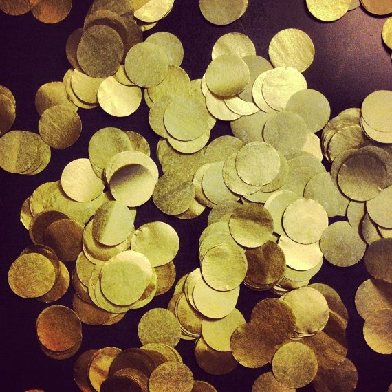Metallic Gold Confetti // tissue paper confetti // wedding decorations // table decoration // new years eve party