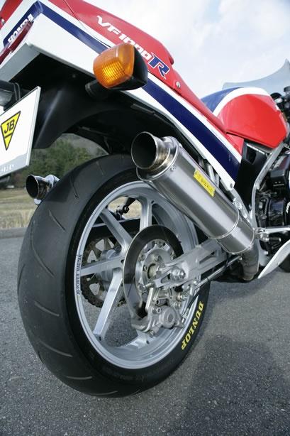 Honda VF 1000 R by JB-Power