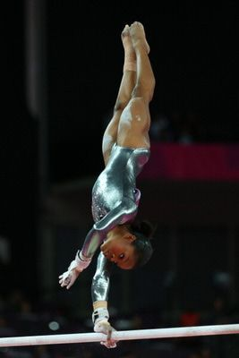 10 Gorgeous Gymnastics Photos: Gabby Douglas, 2012 Olympics