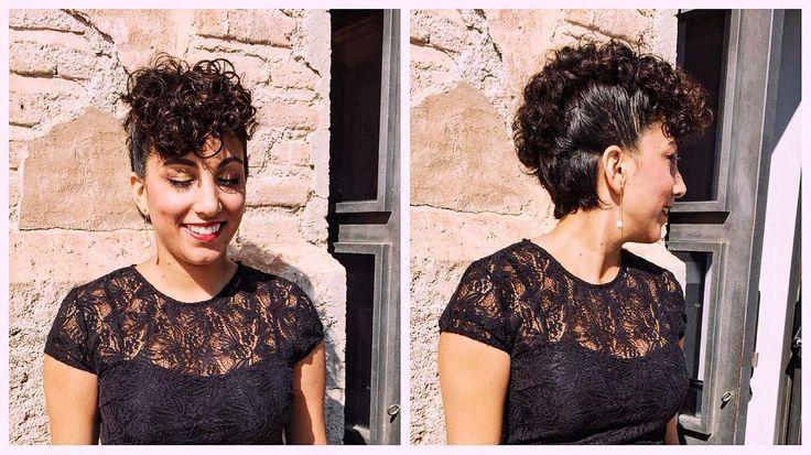 Aquí podéis ver más de cerca el peinado que llevé el sábado para la boda.  Si os preguntáis en que peluquería fue hecho siento deciros que salió de las manos de mi madre. A si que tengo exclusividad jajajaja . . . . . #thesocialgirls #wedding #weddinginspiration #guestlist #invitadaperfecta #black#negro #hairdo#hair #hairstyle #updo #curlyhair#curls #curlyhairdontcare #curlygirl#cachos #cacheada #blog#instablogger #amerindia#女の子#ヘアスタイル#ファッション#spain#murcia#igersmurcia #vscocam #vsco