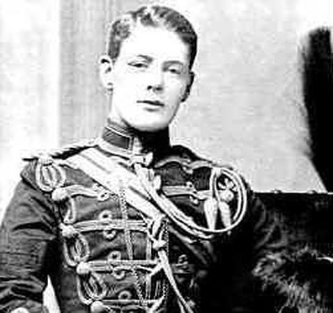 Churchill, el líder que temía a los ovnis y desayunaba whisky