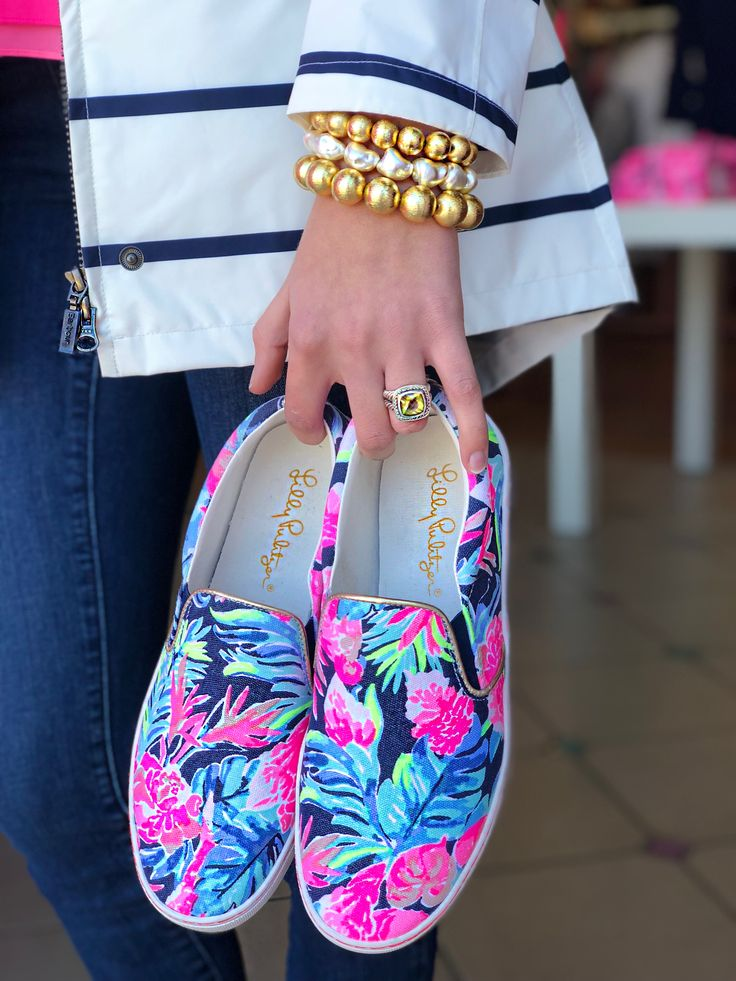Spring Barbour  Hazen Jewelry  Lilly Pulitzer Julie  Sneakers  @pinkbeewestend in #yeahthatgreenville