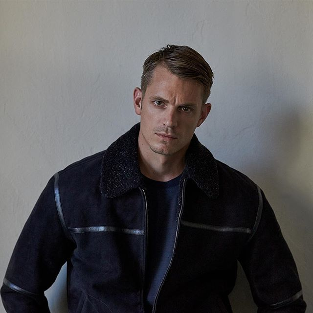 Tasteful nonchalance is the order of the day.  Actor Joel Kinnaman wearing Ermenegildo Zegna FW16 in #TheJournal @mrporterlive.  Photo credit @blairgetzmezibov