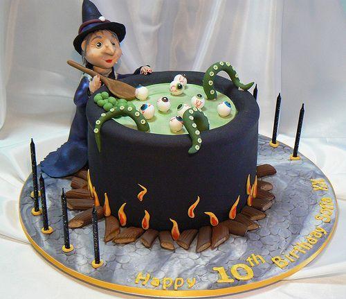 Cake Decorating For Halloween Cakes Uk : 316 best Halloween Cakes images on Pinterest Halloween ...