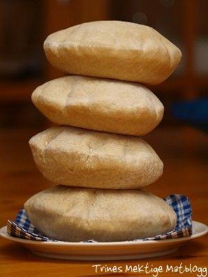 Pitabrød - opskrift på pitabrød der kun tager en time at lave :-)