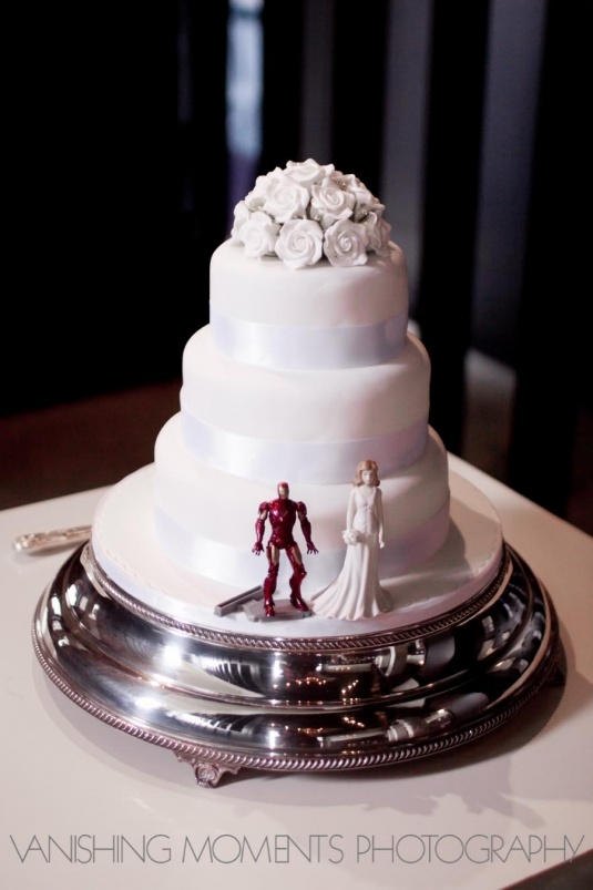 A Unique Wedding Cake Idea Complete With Iron Man And Bride Gary Stef Lol
