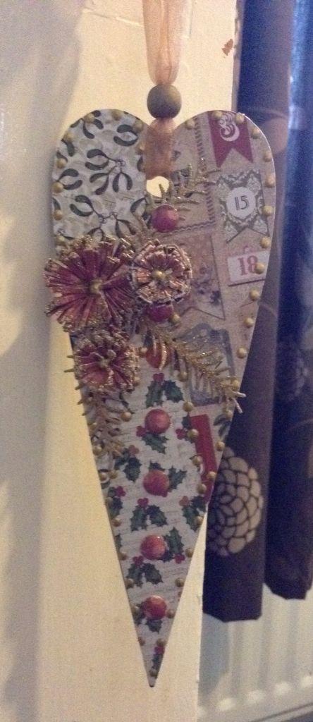 Craftwork Cards Christmas plaque