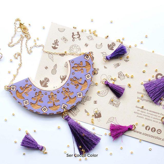 Iniciamos la semana con la mejor energía y llenos de color. Quien se antoja de nuestra línea Preco!! 🙋🏼♀️🙋🏼♀️ #accesoriosdemadera #colombia  #identidad #fashion #trendy #moda #modafemenina #diseñoindependiente #diseño #blogger #fashionblogger #coccocolor #hechoamano #hechoencolombia #diseñocolombiano #artesania #artesanal