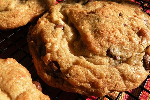 Recipe: Coconut Macadamia Chocolate Chip Cookies | Mrs. Fields Secrets