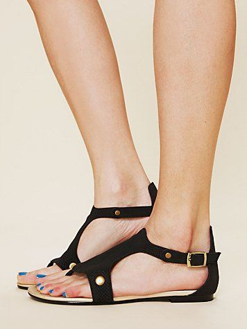 Ellie Vegan Sandal  http://www.freepeople.com/whats-new/ellie-vegan-sandal/: Vegans Sandals, Vegans Shoes, Sandals Freepeople Com, Sweatshop Free, Accessories Shoes Bags, Eco Fashion Eco Styl, Bags 1, Shoes I, Cruelty Free