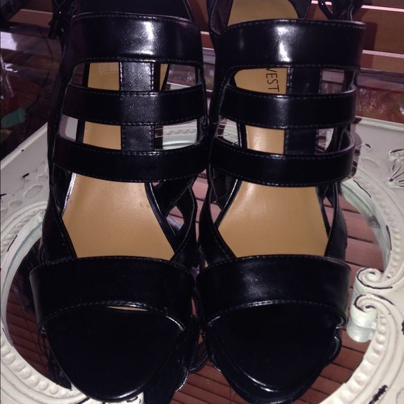 Nine West vamp stilettos NWOT black Nine West shoe with 3 inch heels. Nine West Shoes Heels