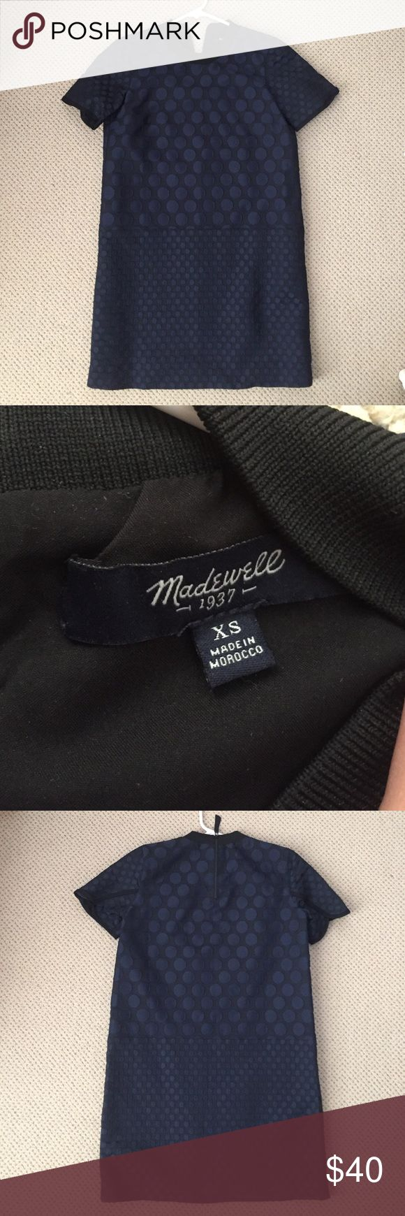 Madewell Polka Dot Shift Dress Beautiful Madewell shift dress in navy blue and black polka dot colors. Great for work or a night out! Only worn once but doesn't fit me anymore. Madewell Dresses Mini