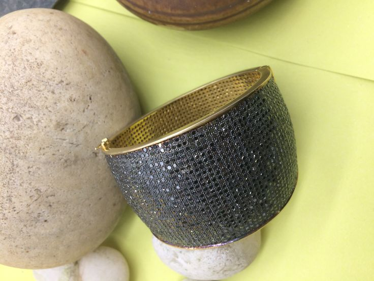 Bangle Openable Cuff with 25 rows of Black Diamonds