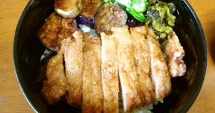 パーコー丼(厚切り豚ロース唐揚げ丼) by 西東京小料理あららぎ 【クックパッド】 簡単おいしいみんなのレシピが279万品