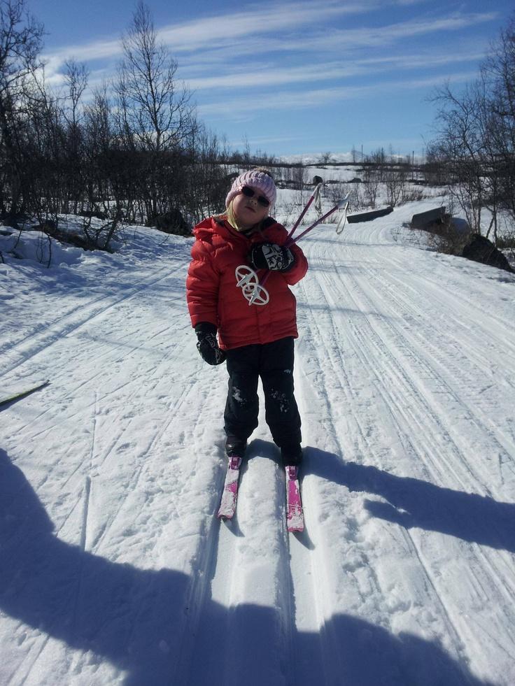 Good girl crosscountry skiing