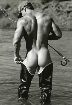 cute butt :) I want to go fishing!!