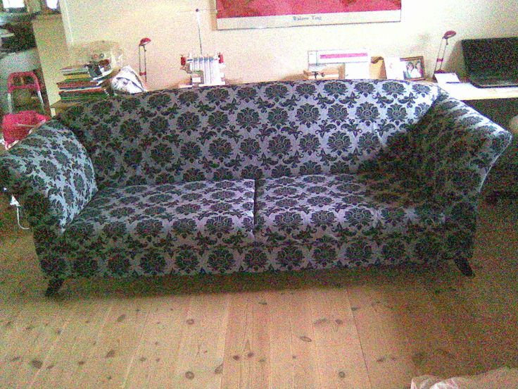 Jeg har ombetrukket sofaen med bomuldsstof.