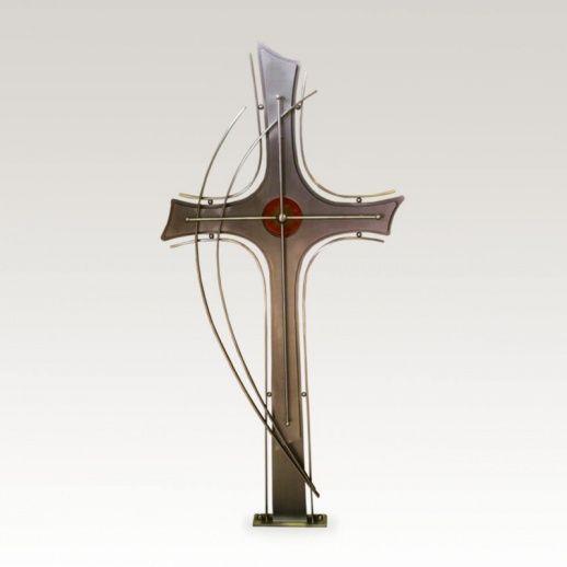 Modernes Grabkreuz »Pelagio« aus Edelstahl • Hochwertige Schmiedekunst & Handarbeit • Jetzt versandkostenfrei kaufen bei ▷ Serafinum.de