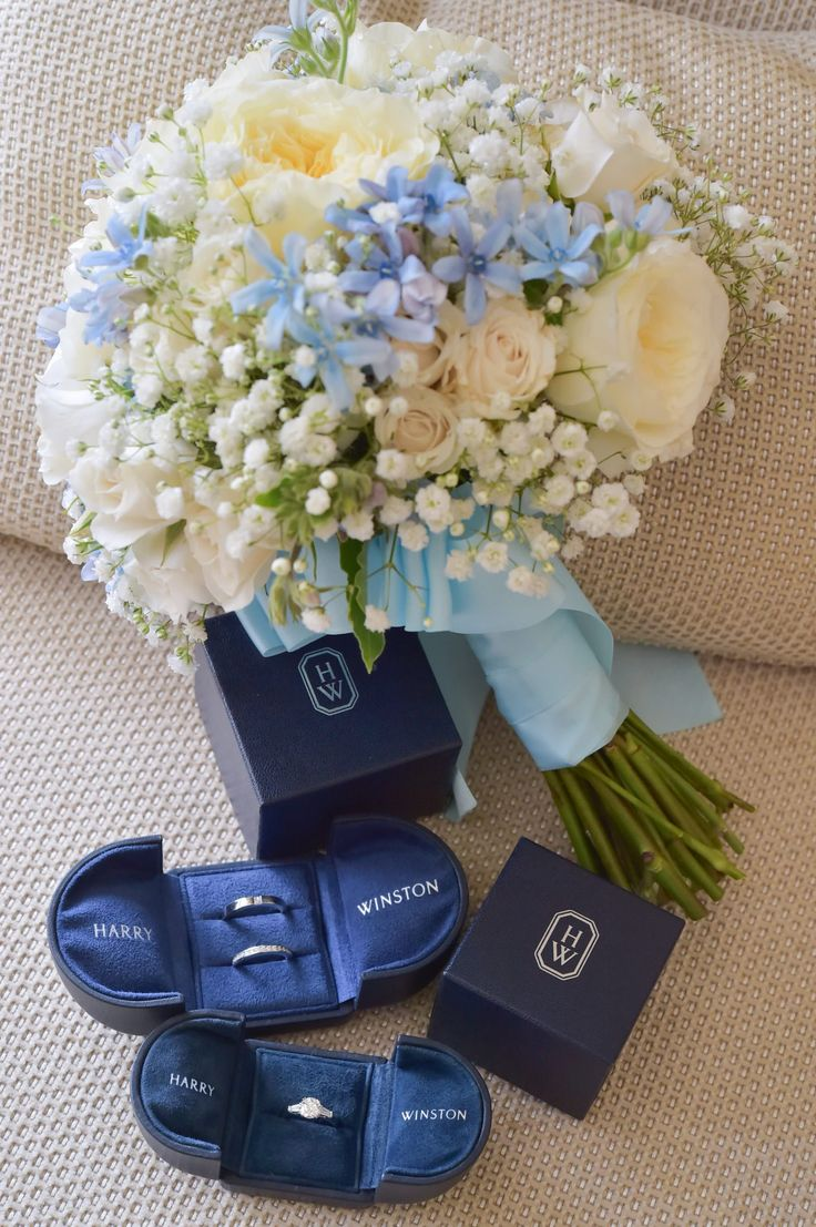 Photography: Hiroki Ishida Photographer #ハリーウィンストン #エンゲージリング #結婚指輪 #harrywinston #rings