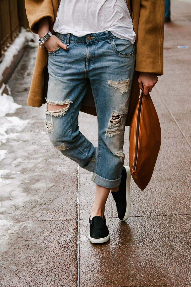 From accessories to the camel coat, the ultimate in Chicago Street Style.