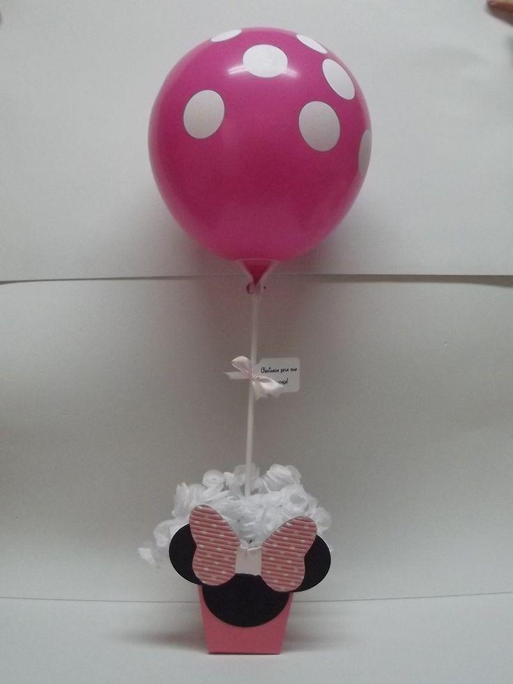 Centro de Mesa MInnie Rosa    Centro de mesa da Minnie Rosa, todo decorado, vai com o pega balão, tag, balão e rococo.    Tb faço em outros temas e cores.