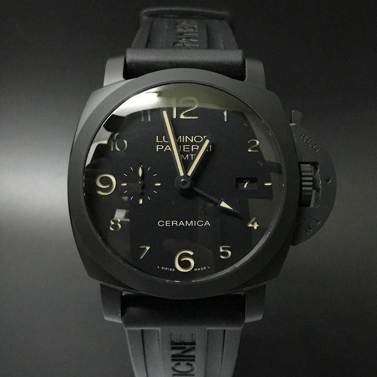 Panerai Luminor GMT Ceramica Pam 441 (2013). #watchporn #watchmania #wristwatch #watchoftheday #timepiece #secondhand #instawatch #secondoriginalwatch #jamtanganseken #preownedwatch #luxurywatch. www.mulialegacy.com