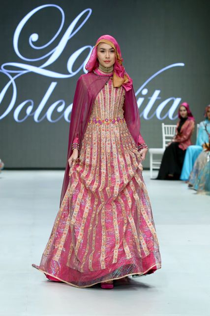 Indonesia Fashion Week Opens Doors for Local Talent : Aquila StyleAquila Style : Beta Nisa