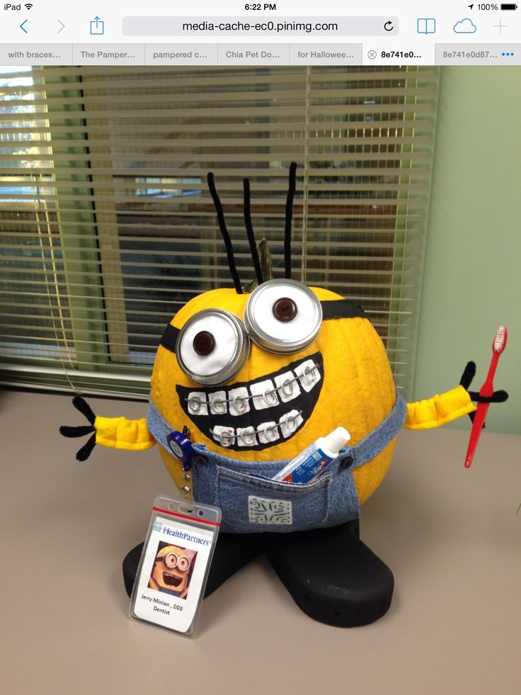 Minion pumpkin with braces in dental office