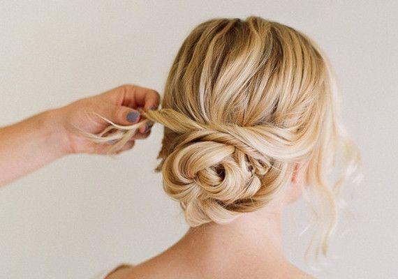 Best 25 Wedding Hairstyles Ideas On Pinterest: 25+ Best Ideas About Loose Buns On Pinterest