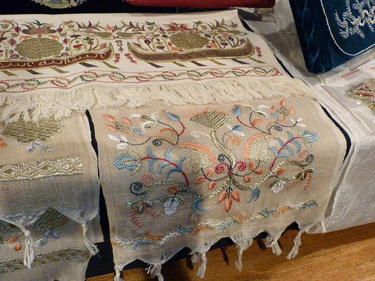 Alime Gusenova. Marama.fragment. Crimean tatars embroideries.