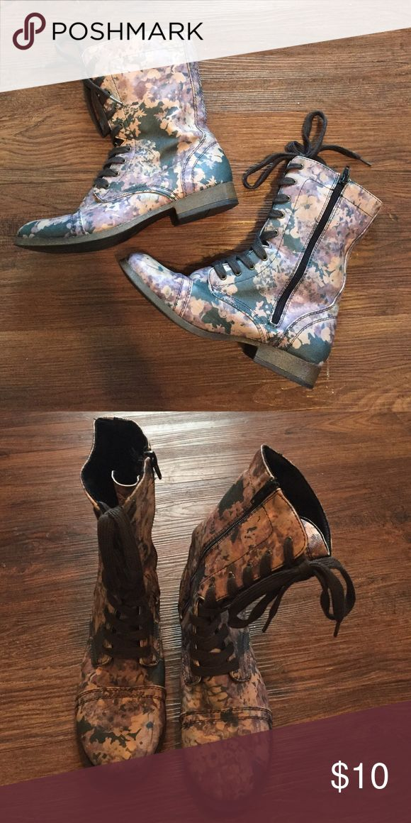 Floral Combat Boots A knock off of the Steve Madden combat boots, these boots are too fun. Take a basic outfit and make it your own with these cool boots. Only worn TWICE, LOOK LIKE NEW! Shoes Combat & Moto Boots