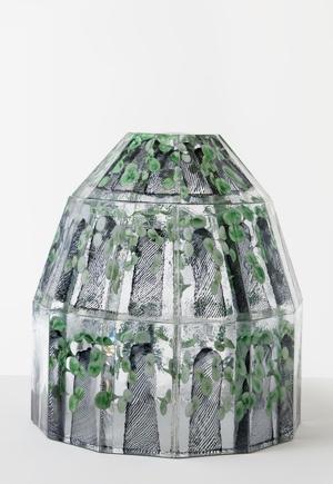 Kevät koittaa pohjoisnavallekin  Oiva Toikka  2012  50 x 50 cm  Hand blown glass  GF 6174