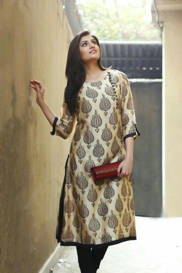 Printed Silk kurta with zardosi clutch