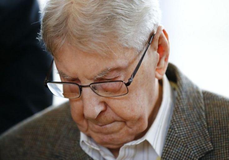 Sobrevivientes del Holocausto declararon durante el juicio contra un ex guardia de Auschwitz - http://diariojudio.com/noticias/sobrevivientes-del-holocausto-declararon-durante-el-juicio-contra-un-ex-guardia-de-auschwitz/155206/