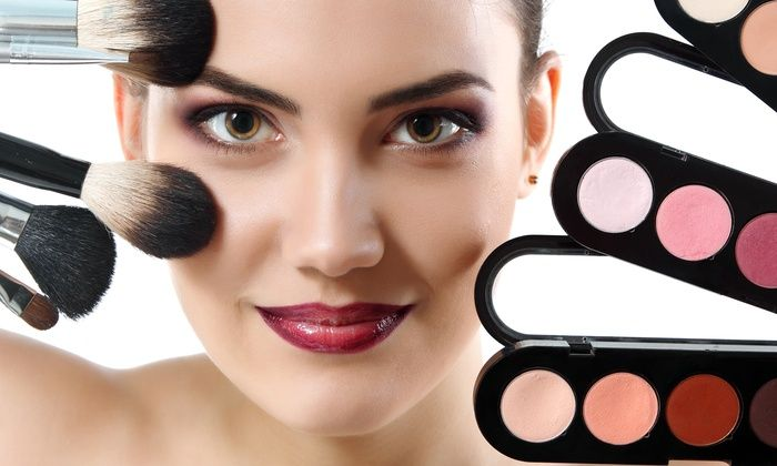 Become an expert #makeup artist with advanced #makeup #course in #Toronto & give extraordinary results to your client in short period. https://goo.gl/0WQ4E1