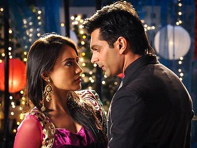 Asad and Zoya's fight to save their love in Qubool Hai!